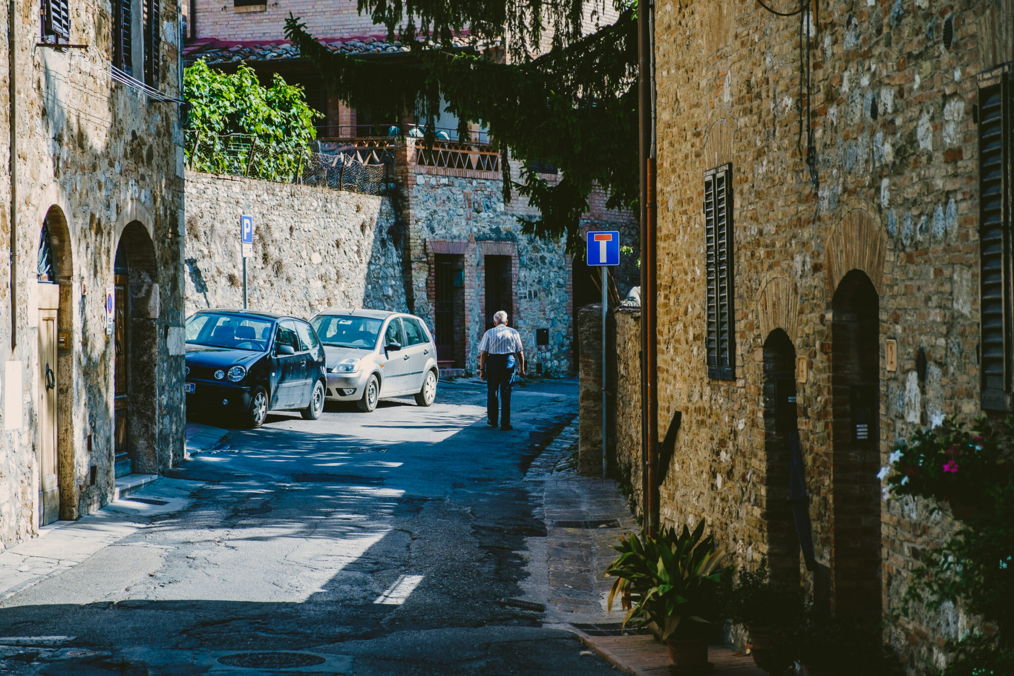 camera.lens: fujifilm fujinon xf 16-55mm f2.8 r lm wr, camera: fujifilm x-t2, picture.aperture: 3.2, picture.exposure: 1/500sec, picture.iso: 100, picture.year: 2017, place.country: italy, place.location: san_gimignano